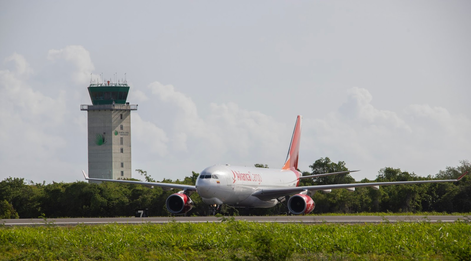 World's Second Oldest Airline, Avianca Files For Bankruptcy In The US