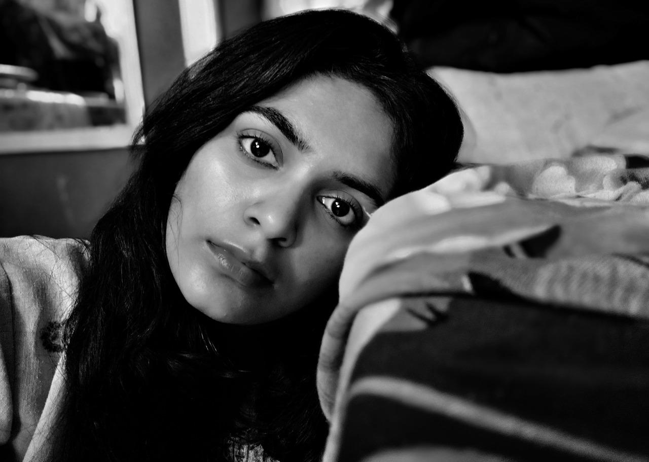ನೀಲಿ ಕಂಗಳ ಹುಡುಗಿ :  ಒಂದು ಪತ್ತೆದಾರಿ ಕಥೆ - One Detective Story in Kannada