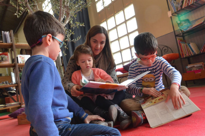 aprender a leer y escribir de forma natural, lectura compartida