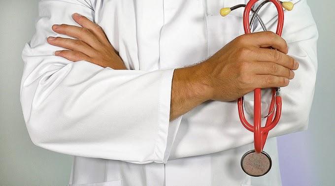 Egy baji férfi hamis iratokat készített, hogy doktor lehessen: sikerült is neki