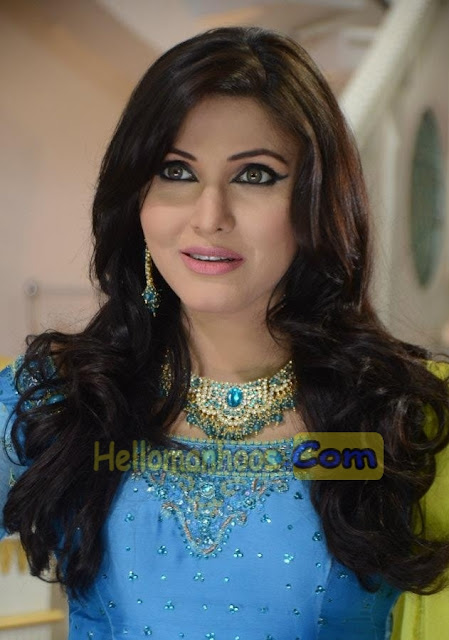 Haya-Ali-Wiki-Age-Family-Husband-Boyfriend-Salary-Kids-Films-Scandal-Biography