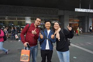 Reencuentro con Yusuke en la estación de Fukuoka
