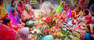 संतान की लम्बी आयु के लिये महिलाओं ने रखा हलषष्ठी व्रत, किया पूजन  | #NayaSaberaNetwork