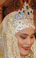 emerald tiara queen saleha brunei princess majeedah