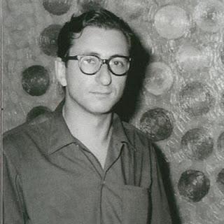 Rubén Sevlever - En el jardín del antiguo hospital