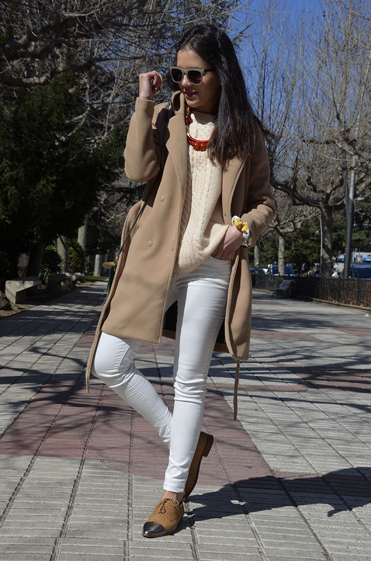 look-blogger-nude-white-winter-beige-blanco-trends-gallery