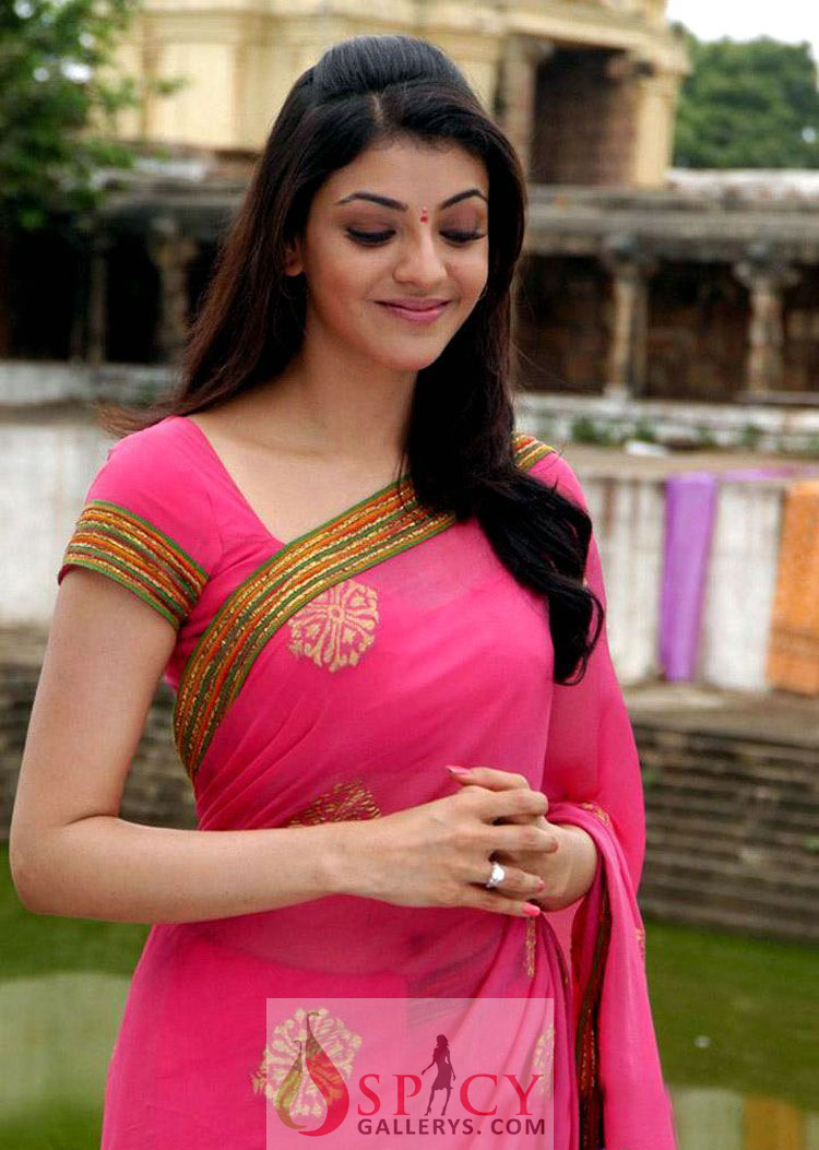 Kajal Ki Sexy Photo Hd