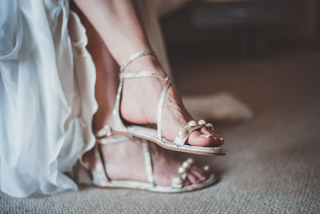 Tips-Memilih-Sandal-yang-Aman-untuk-Ibu-Hamil