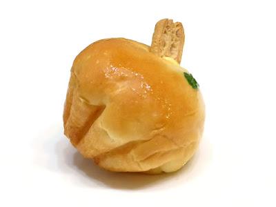 紅玉りんごのクリームパン | POMPADOUR(ポンパドウル)