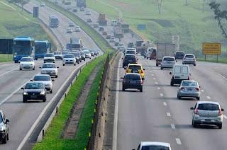 http://vnoticia.com.br/noticia/2685-mortes-nas-rodovias-federais-aumentam-2-durante-feriado-de-1-de-maio