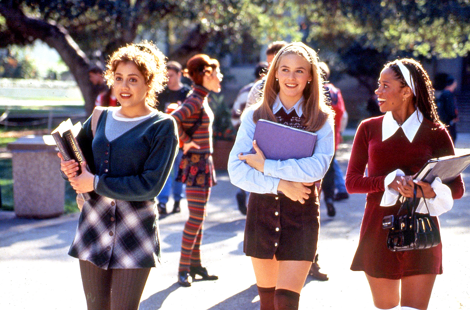 Girls Can Play: 100 Words On ... Clueless