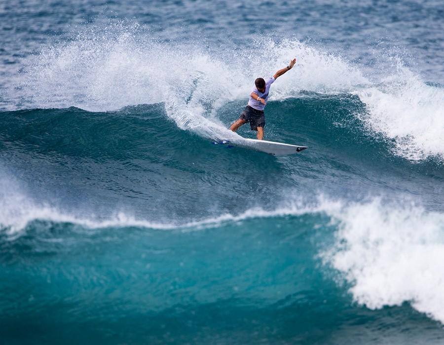 Aritz Aranburu Tercera Ronda Hawaiian Pro 2016