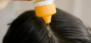 طريقة استخدام زيت الزيتون لتمليس الشعر دون الحاجة لسيشوار