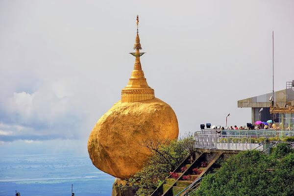 Golden rock - Myanmar