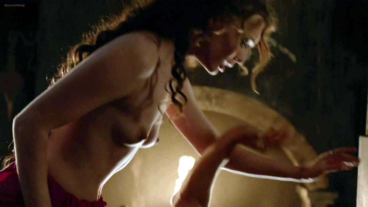 Caitriona balfe and lotte verbeek nude outlander s01e10
