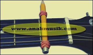 Cara Membuat Capo Gitar Menggunakan Pensil dan Karet
