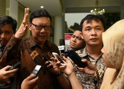 Tjahjo : Saya Bagian Rezim Jokowi Tersinggung Dengan Ucapan Simpatisan Ahok