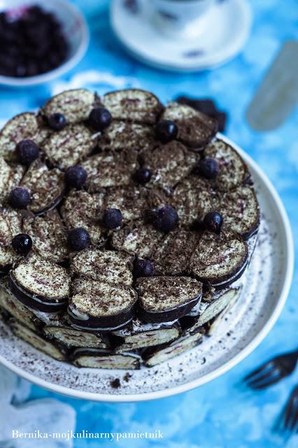 Ciasto, roladki, biszkopt, owoce, czekolada, deser, mascarpone, bernika, kulinarny pamiętnik,