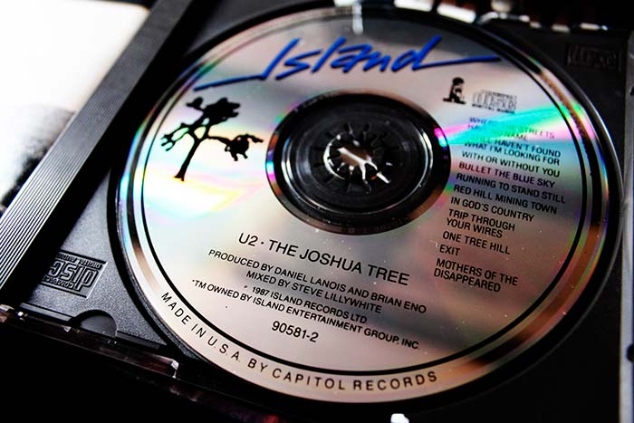 Edición CD The Joshua Tree original de 1987.