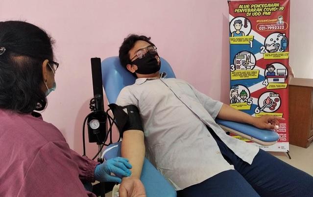 pendonor darah nganjuk turun