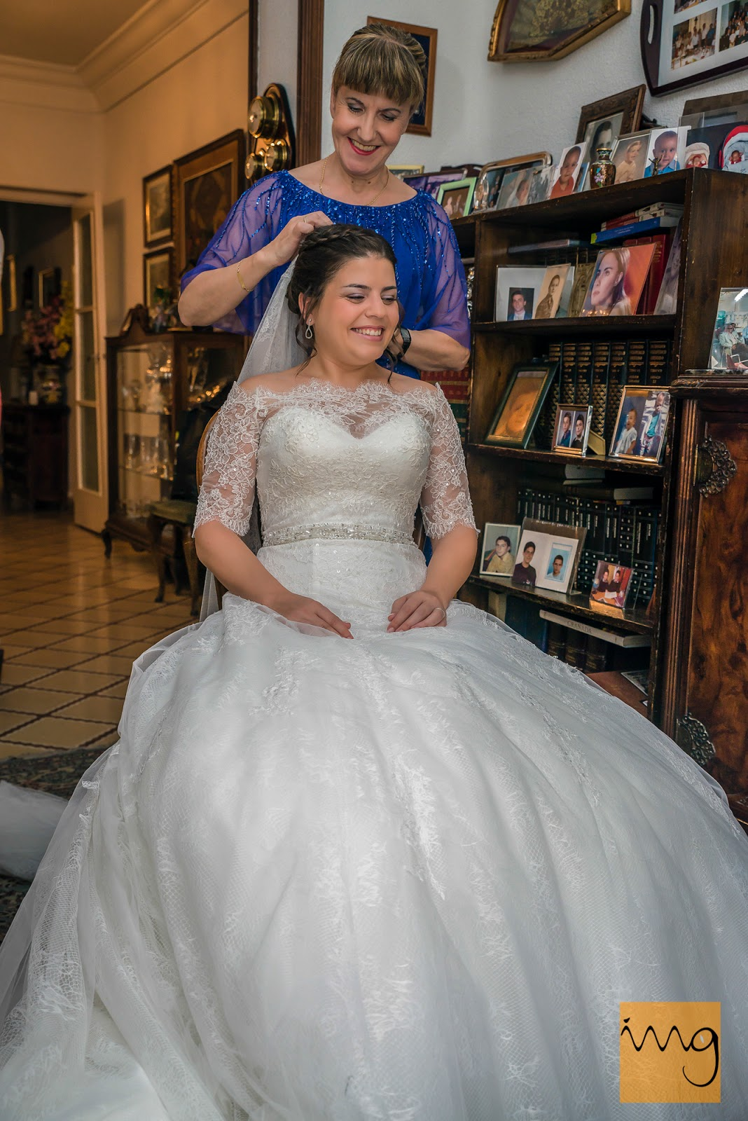 Fotografía de boda, con el velo
