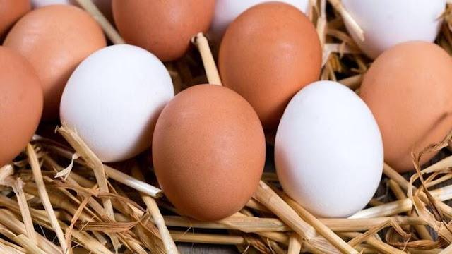 Rüyada yumurta görmek ne demek, rüyada yumurta toplamak, rüyada yumurta yemek, yumurta kırmak, yumurta sarısı görmek, rüyada çiğ yumurta, yumurta kokusu sarısı, rüyada yumurtadan civciv çıkması anlamı.