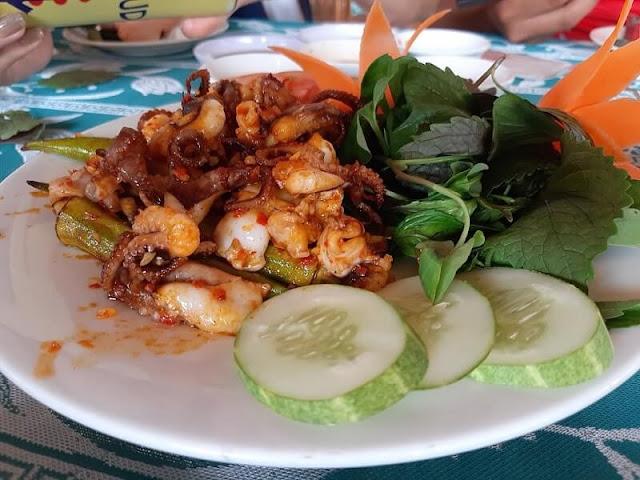 Món ăn tại Hải sản Lộc Huệ Sa Đéc 2