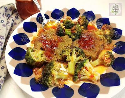 Seitan en Salsa Barbacoa con Brecol. Receta Vegana.
