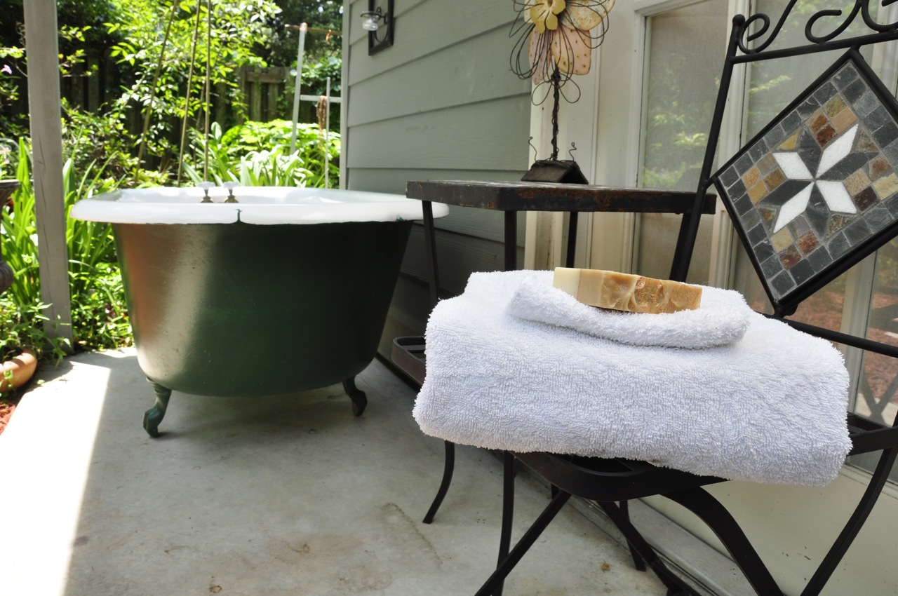 Catch Light Diy Outdoor Bathtub