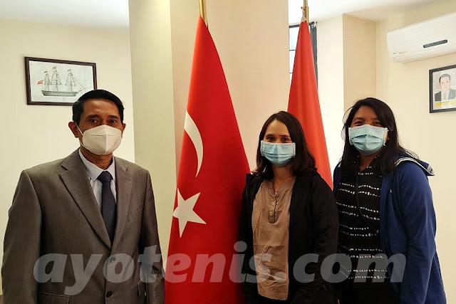 Mendapat Sambutan Hangat, Bea dan Eci Sampaikan Ucapan Terima Kasih pada Konjen RI di Istanbul, Imam As'ari