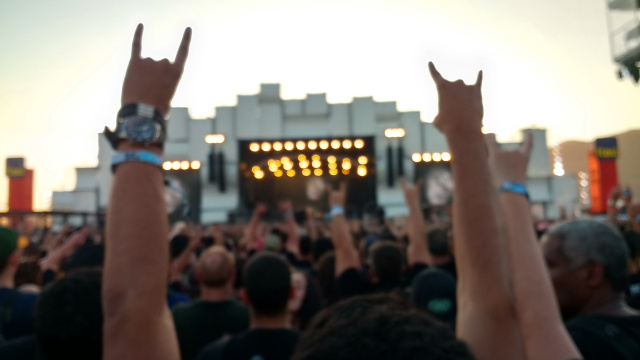 Arms up in front of the main stage at Rock in Rio.