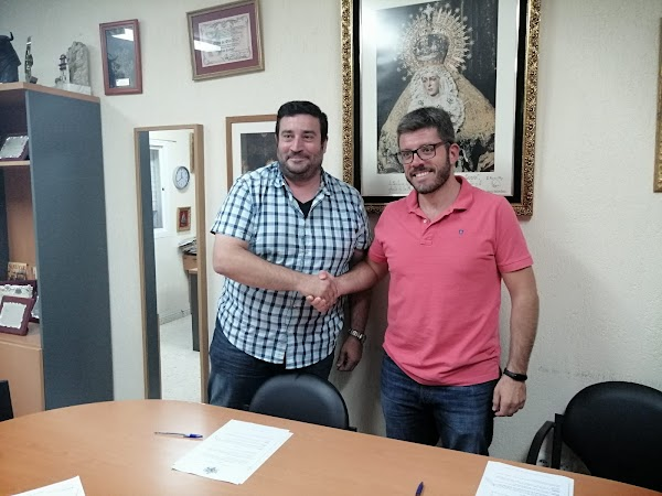 "La Hermandad de la Soledad de Cádiz renueva  a la banda ""Julian Cerdan"""