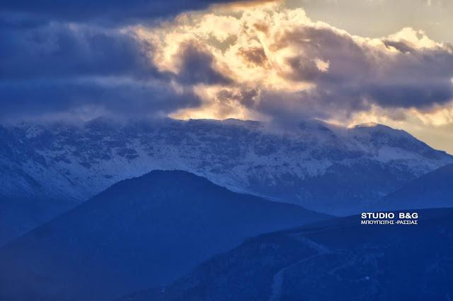 Αργολίδα: Χιόνισε στο Αρτεμήσιο - Κατάλευκο τοπίο με εξαιρετικές εικόνες