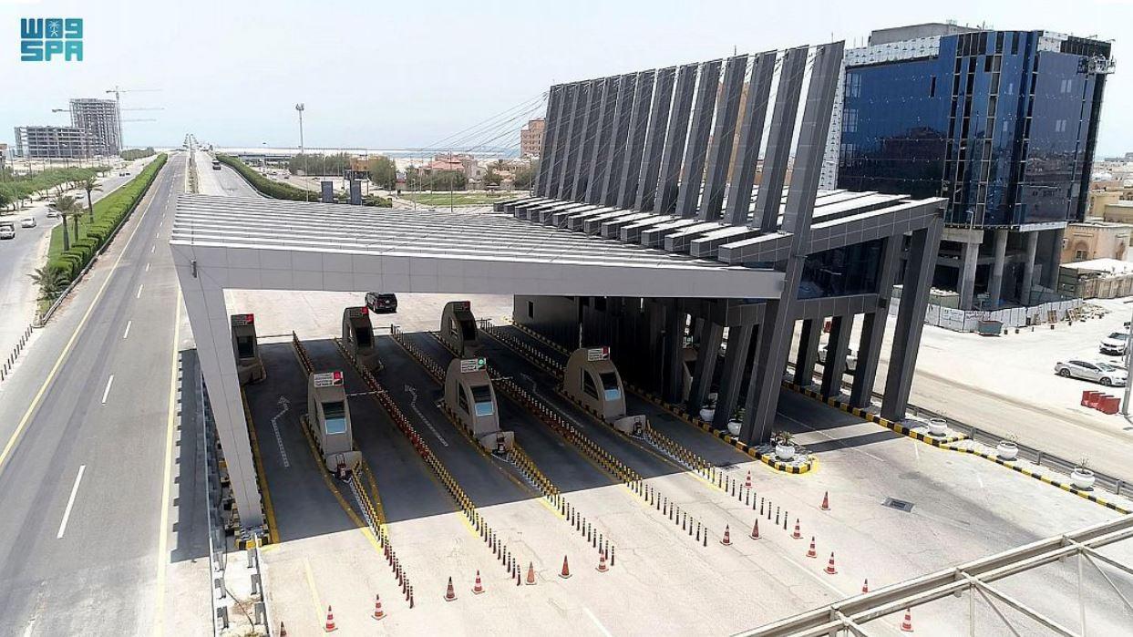 جسر الملك فهد يستعد لاستقبال المسافرين بين السعودية والبحرين