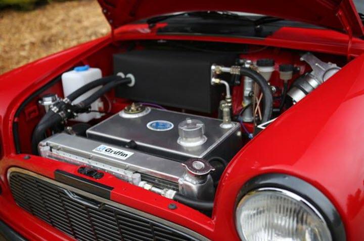 'Bé hạt tiêu' Mini Cooper được độ bản siêu khủng 500 mã lực