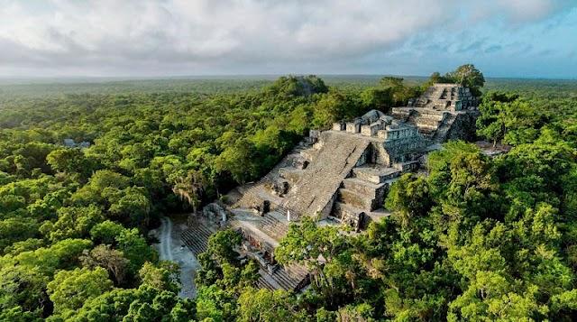 "Mayan Royal Palace Discovery Proved a ""previously Unknown Mega-society"""