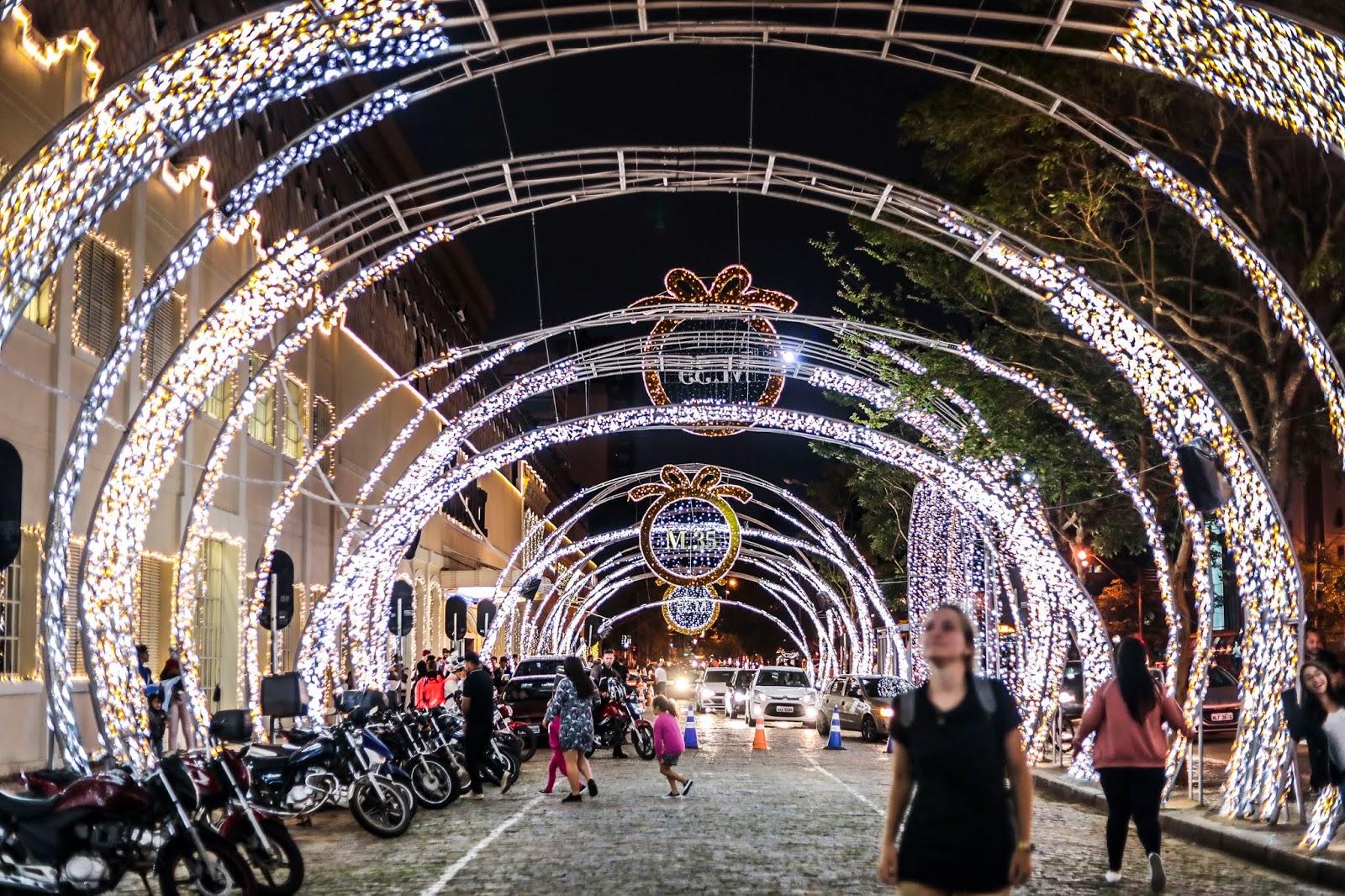 Últimos dias para aproveitar e tirar fotos nas decorações de Natal de Curitiba