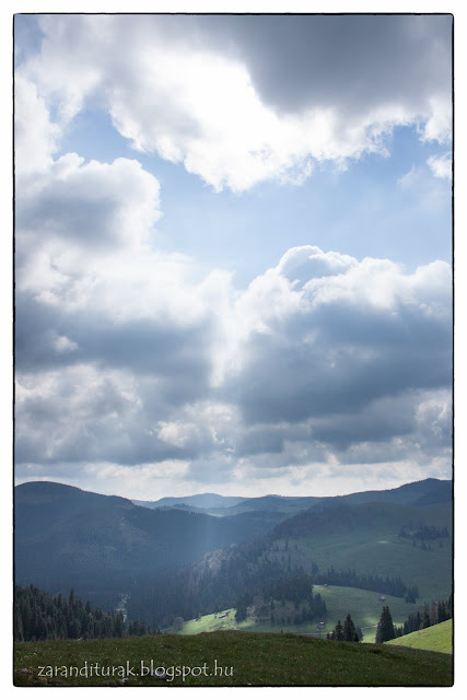 Kilátás a Mócok temploma ösvényéről kelet felé