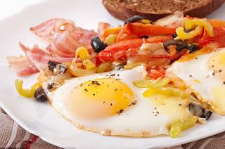 Beneficios de desayunar huevo