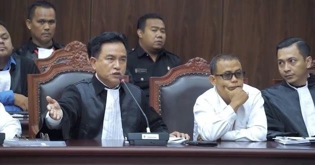 Yusril: Dua Orang Menteri Datang Ke MK Mewakili Presiden Jokowi Mengambil Langkah Yang Sangat Memalukan