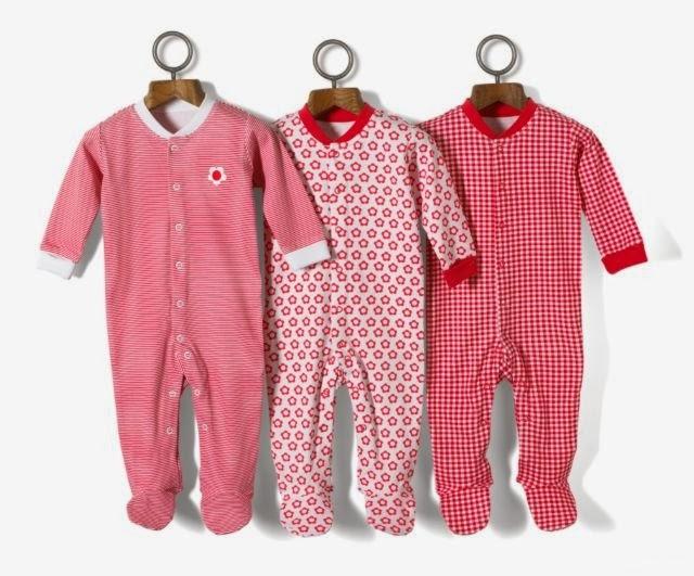 51f9b5495 في بيتي طفل: ملابس الطفل الرضيع