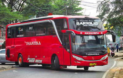 Foto Bus New Shantika 7B