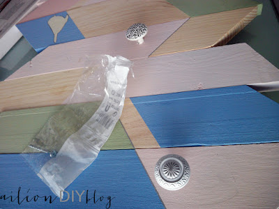 perchero diy milk paint