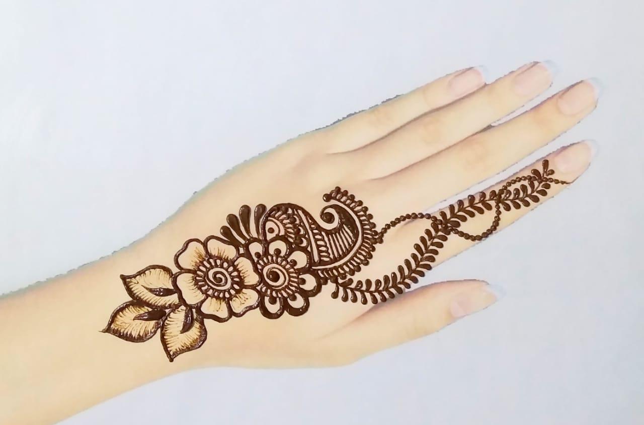 Easy Mehendi Design
