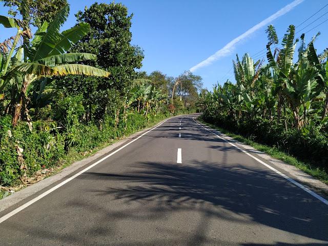 Sepanjang Jalan Pupuan Singaraja