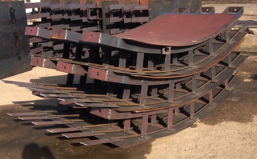 Módulos blindados pré-fabricados que revestem as paredes dos túneis