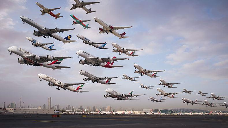 Fotos surrealista del trafico aéreo de todo el planeta tomaron dos años para captarlo