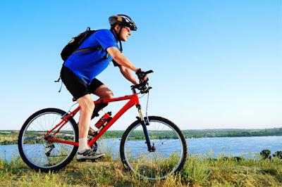 Bersepeda Dinilai sebagai Langkah Mudah Turunkan Berat Badan