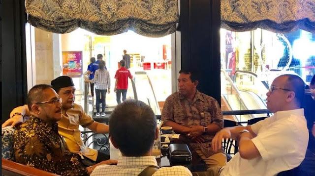 Ngopi Bareng, Supriansa Bersama Asisten 1 Bahas Kabupaten Soppeng dan I Lagaligo