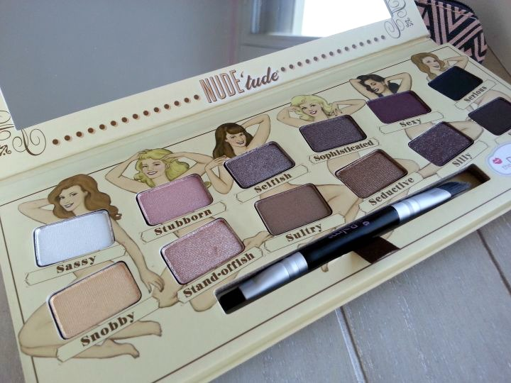 fards de la nude tude de the balm